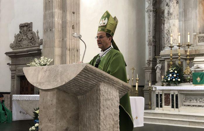 Riquezas y bienes materiales no dan la felicidad: Arzobispo