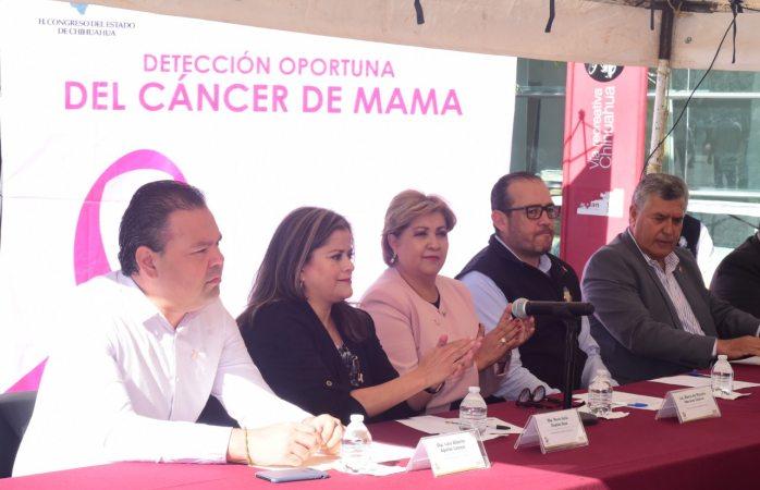 Instalan en congreso consultorios móviles para detección de cáncer de mama
