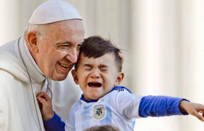 Es pederastía como sacrificios humanos de niños: Papa