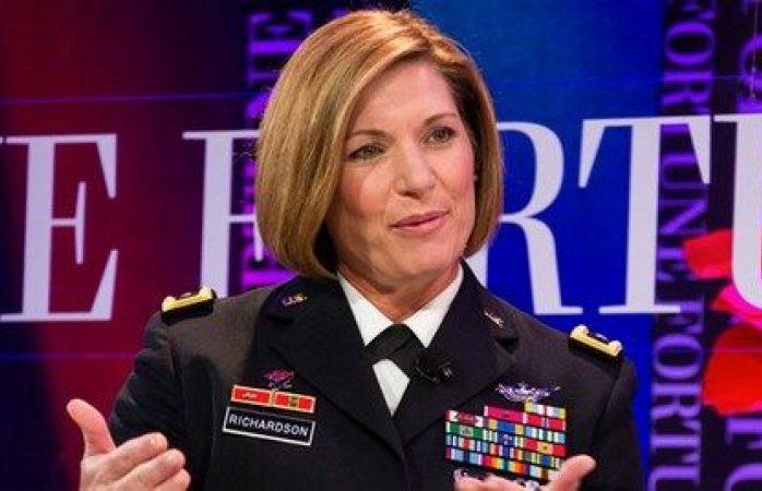 Una mujer liderará el comando más grande del ejército de Estados Unidos