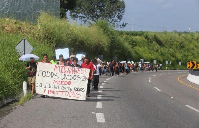 Migrantes centroamericanos en Chiapas se unen a hondureños
