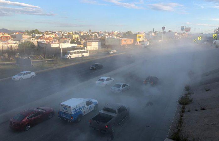Enorme nube de cemento genera caos vial en el de la juventud