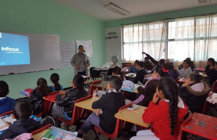 Instruyen a alumnos en prevención de abusos y violencia