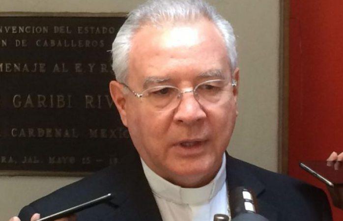 Se solidariza cem con cardenal Norberto Rivera tras atentado