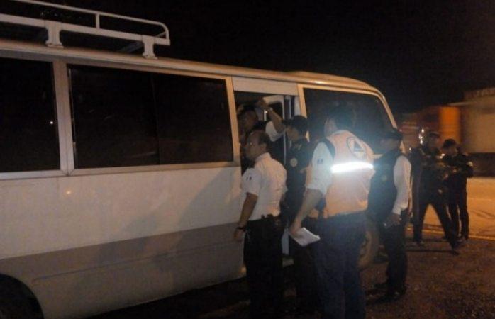 Abandonan más de mil hondureños caravana y regresan a su país