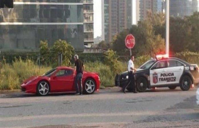 Detienen al Tuca por ir con exceso de velocidad en San Pedro