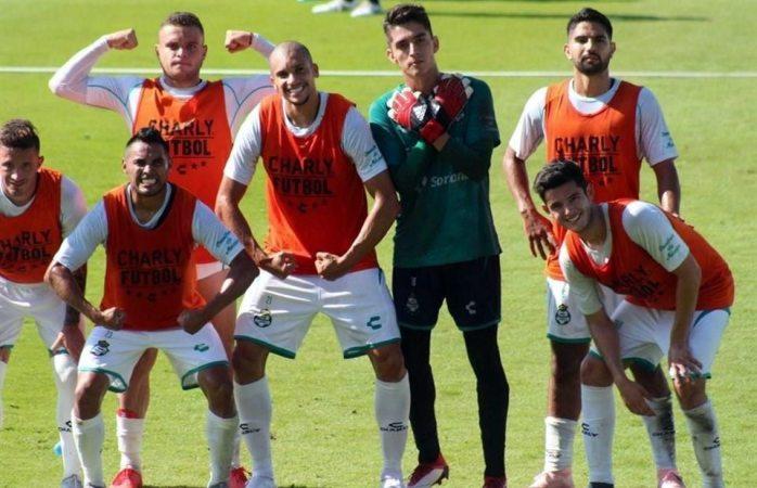 Estrenará Santos uniforme conmemorativo