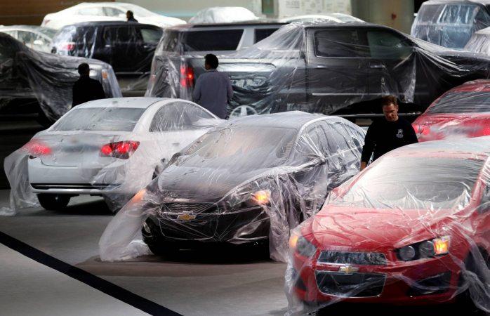 Revisan 1.2 millones de autos en EU por problemas en la dirección