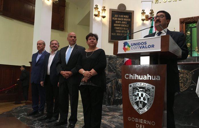 Salen del gabinete estatal Cuarón, Luján Peña y Rubén Chávez