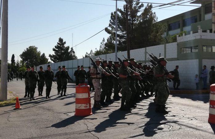 Cierran calles de Los Cuarteles por ensayo de desfile militar