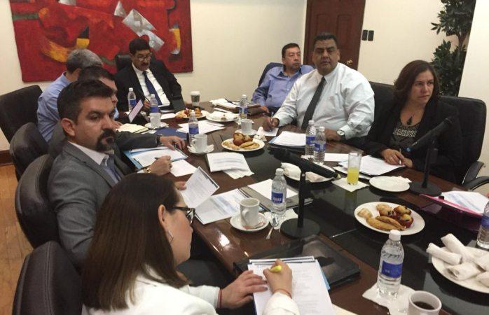 Realizan fiscales y Corral reunión de seguridad