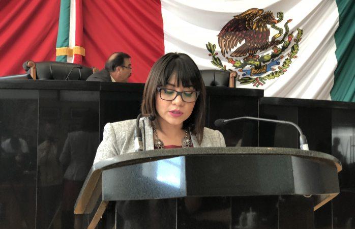 Propone reformar código penal en materia de discriminación