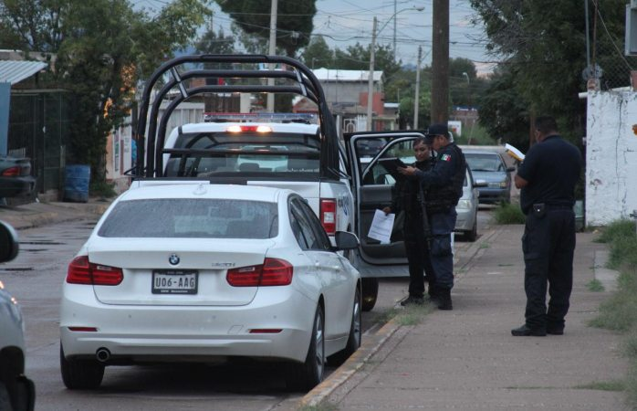 Encuentran BMW robado con violencia y vinculado a ejecuciones