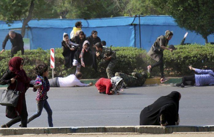 Matan en desfile a 24 personas en Irán