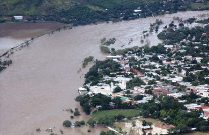 Instala Gobierno centros de acopio para ayudar a damnificados por las lluvias