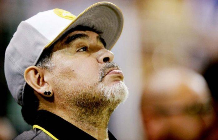 Maradona critica arbitraje en primera derrota con Dorados