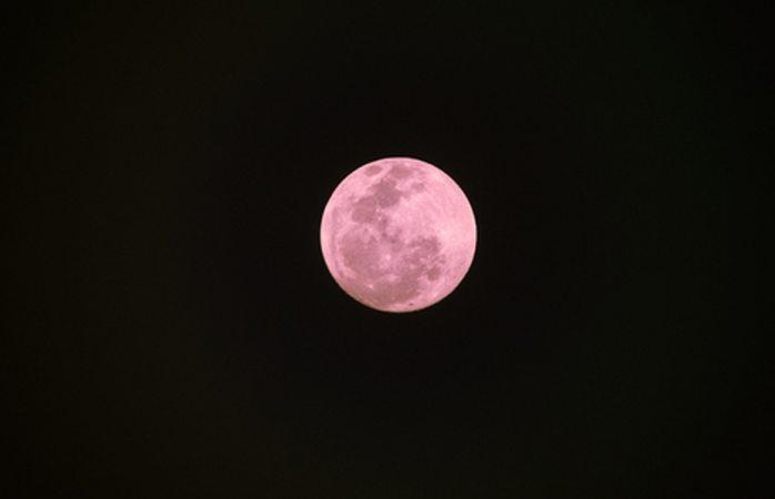 En plena semana santa tendremos luna rosa