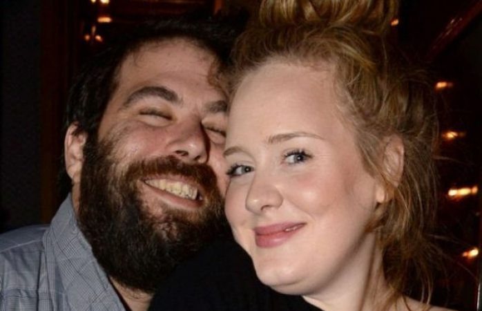 Ex esposo de Adele se quedará con 91 mdd por divorcio