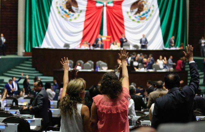 Diputados aprueban reforma educativa de López Obrador