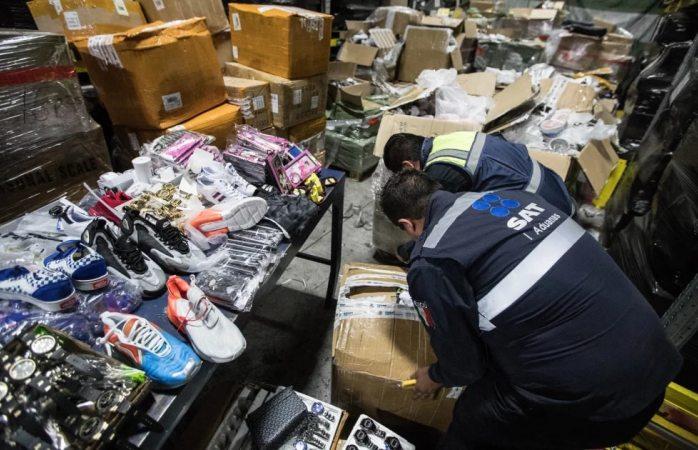 Decomisan Nike, Gucci y Rolex piratas en aeropuerto de Cdmx