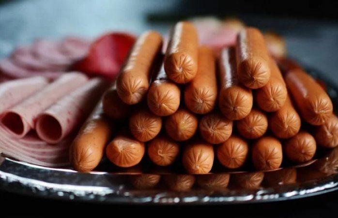 Comer salchichas y jamón todos los días te puede causar cáncer