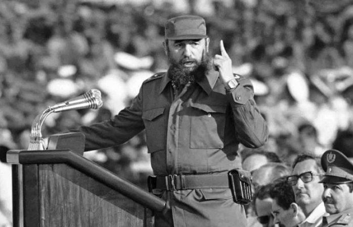 Libros de la CNTE contendrían temas de comunismo y socialismo