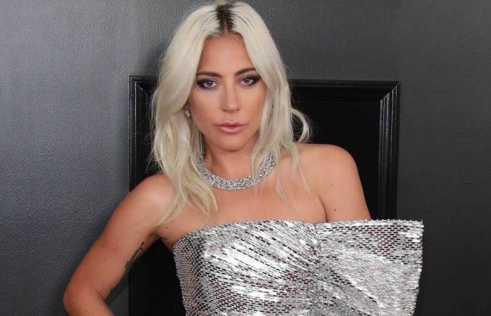 Lady Gaga financiará 162 aulas en El Paso tras tiroteos