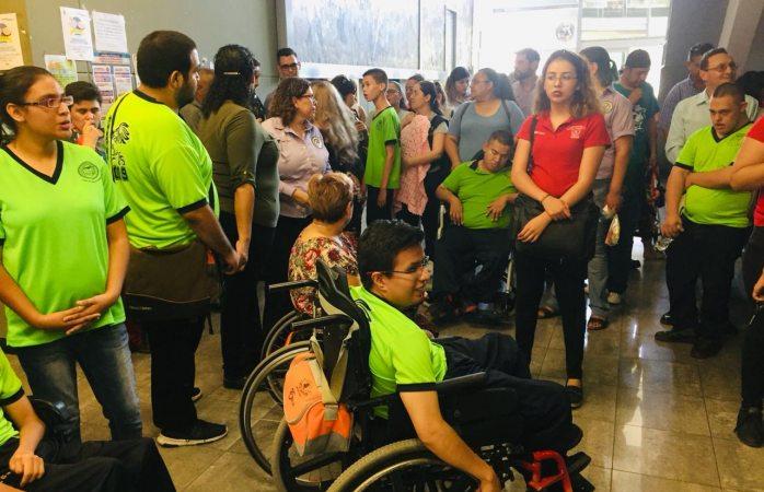 Denuncian a Rubén Aguilar por tratos peyorativos