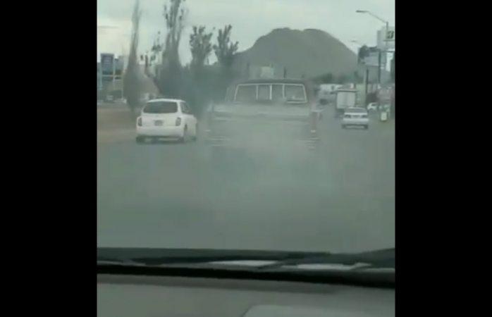 Lo atrapan contaminando con su vehículo