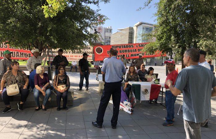 Cumplen 41 semanas protestas de adultos mayores y nada