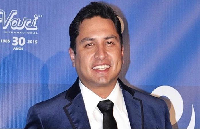 Julión Álvarez cantará en el grito de Juárez