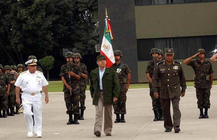 Comandante Borolas: AMLO se burla de Calderón y critica su guerra