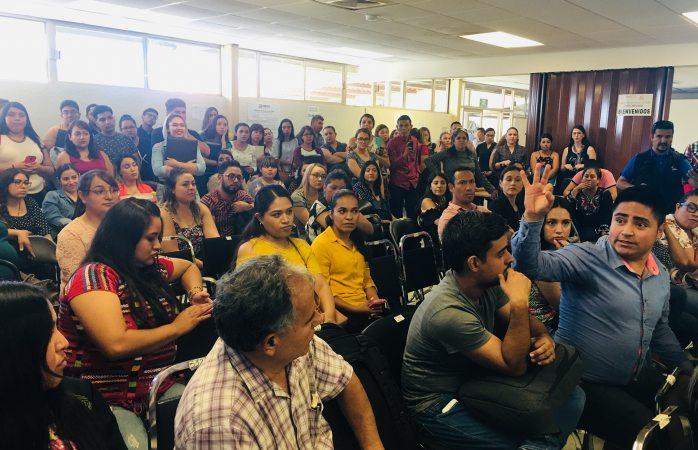 Protestan maestros en seech por plazas temporales y en zonas de riesgo