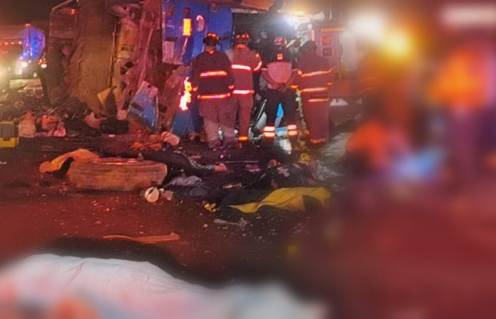 Sube a 14 los muertos de carreterazo; hay 29 heridos