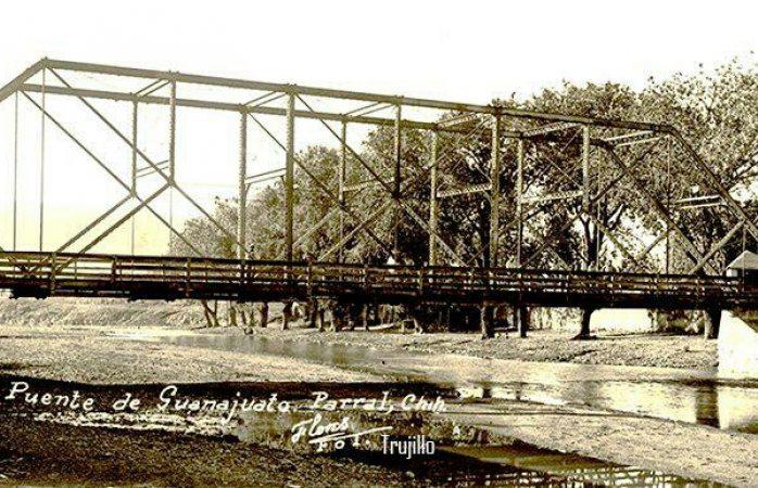 Barandal de puente Guanajuato estilo al año 1902
