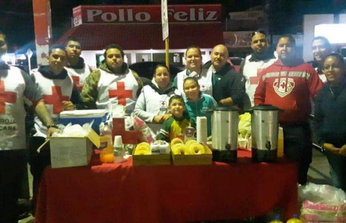 Apoya Cruz Roja con alimentos a familiares de camionazo