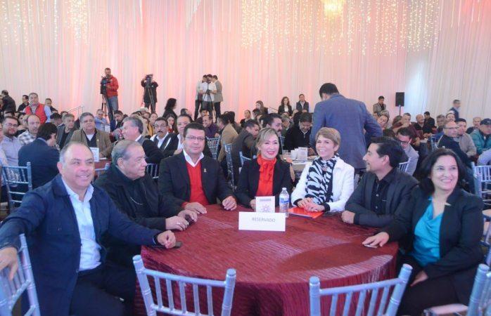 Presentan el colectivo ciudadano en el salón verona