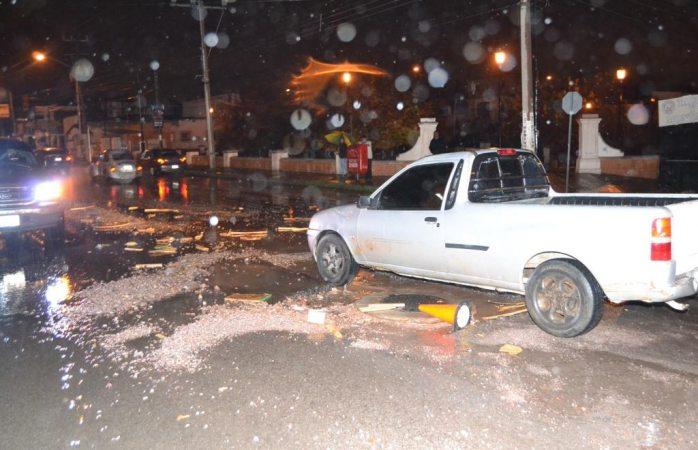 Esperan afectados a autoridades del segundo socavón en la ciudad