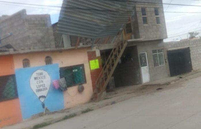 Ráfagas de viento generan estragos en Meoqui