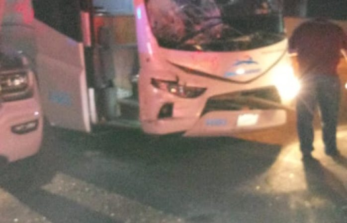 Otro choque de autobús en Delicias; hay 5 lesionados