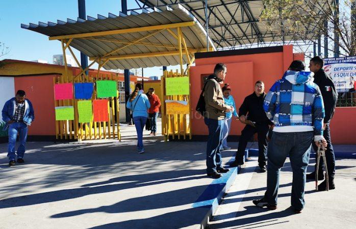 Usan la fuerza pública para abrir jardín de niños