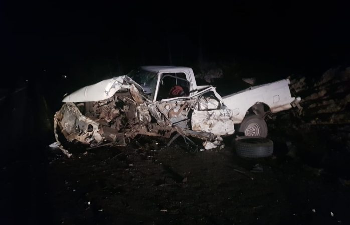 Choque de frente deja 2 heridos en la rúa san juanito a san pedro