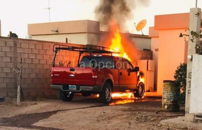 Se incendia otro vehículo en Cárdenas