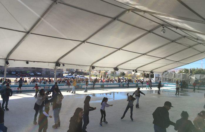En promedio mil 800 patinadores entran a diario a la pista de hielo