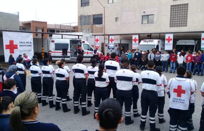 Recibe cruz roja ambulancias y equipo