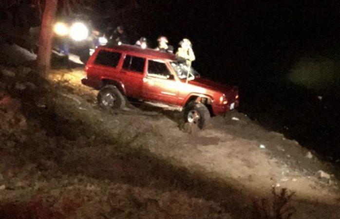 Mueren dos en volcadura en la carretera Parral-Santa Bárbara