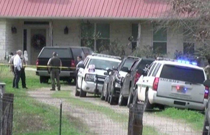 Encuentran cinco personas muertas en un rancho en Texas