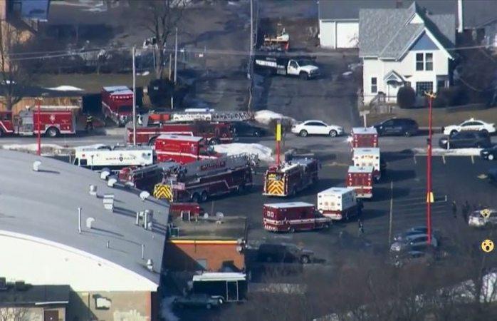Deja tiroteo en Illinois varios heridos, entre ellos cuatro policías