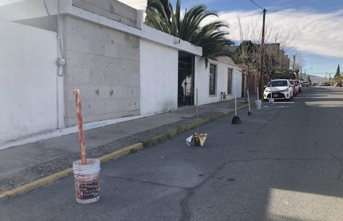 Agandalla vecina de la Zarco lugar de estacionamiento público