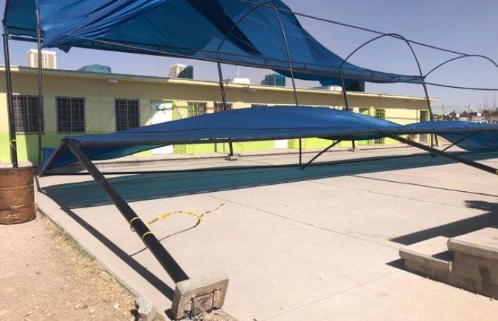 Derrumban ráfagas de viento domo de primaria de punta oriente